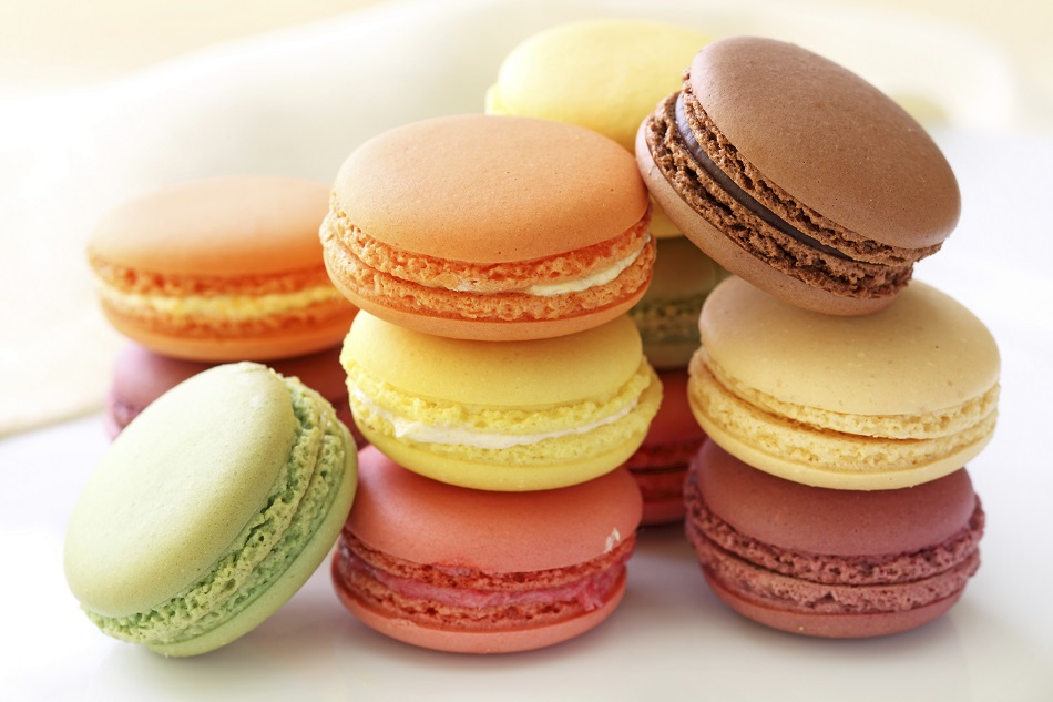 >Exquisite Macarons