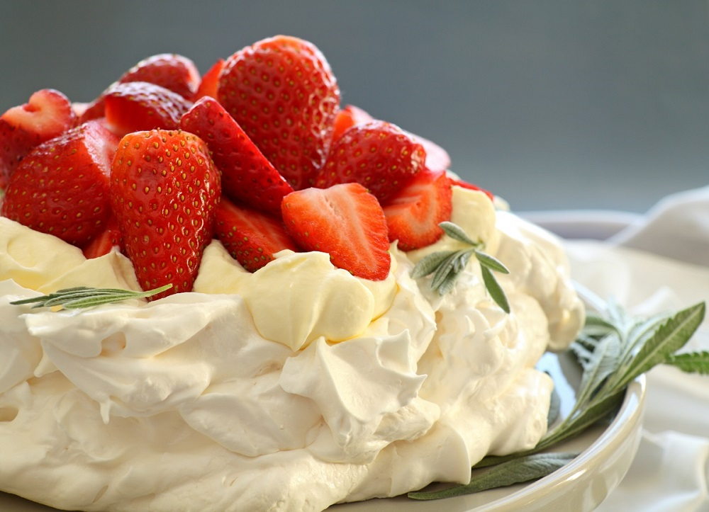>Meringue Desserts